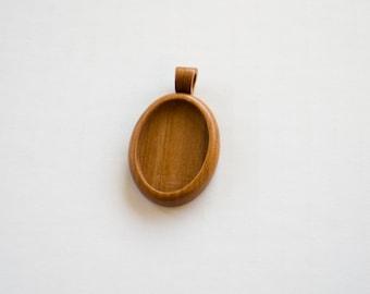 Blank mounting tray pendant hardwood finished - Cherry - 22 x 30 mm cavity - (A43c-C)
