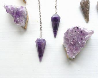 Gemstone Pendulum//Reiki & chakra balancing//Rose Quartz/Amethyst/Rainbow Moonstone/Spiritual supplies//Meditation//Divination tool//dowsing