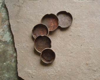 5 Rusty Metal Lids from Bottles Round with Raised Edges Textured Found Objects  -- Primitive Assemblage or Altered Art