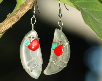 247 Apple Crescent Earrings ~ Free Shipping!!