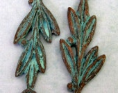 Mykonos Olive Branch Link, Cast Metal Green Patina 2-Pieces M119