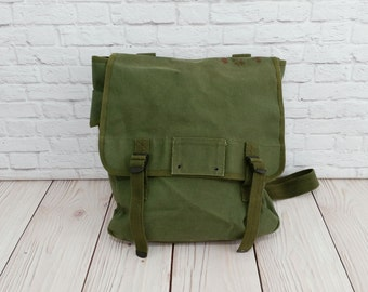 Vintage Canvas Military Musette Field Bag Olive Green Backpack