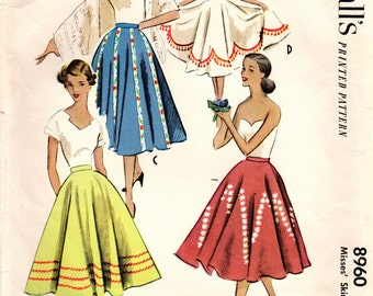 1950s McCall's 8960 Vintage Sewing Pattern Misses Circle Skirt Size Waist 26