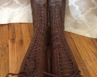 Vintage 1930's, 1940's brown tall lace up 23 eye knee boots US 9, EU 39.5 or 40, UK 7