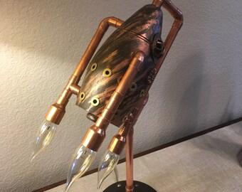 Triple flame retro rocket lamp
