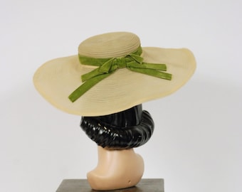 Vintage 1930s Hat - Sheer Celadon Green Horsehair Wide Brimmed 30s Sun Hat with Moss Green Velvet Bow