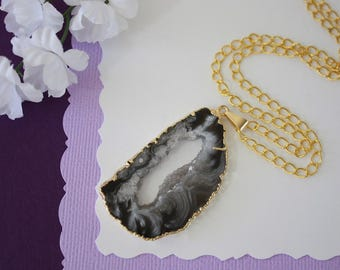 Druzy Necklace Gold, Gold Geode Necklace, Crystal Necklace, Gold Geode Slice Druzy, Healing Stone, Natural Stone, Pendant, GG20