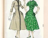Mad Men Fabulous Dress - Advance 7841 - Vintage '50's Sewing Pattern, Size 16