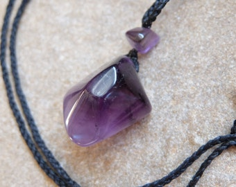 Amethyst crystal necklace - ethical gem stone jewelry from Australia. chunky & unique macrame necklace adjustable length