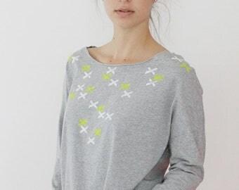 Women Grey t-shirt, Grey top, xxx printed T-shirt, Hand printed designer Shirt