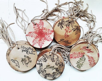 10 Handmade Round Xmas Gift Tags. Primitive Vintage Gift Tags. Bells. Angels. Koalas. Deer. Retro Xmas. Trees. Sleigh. Vintage 1950s Stamps.