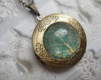 Bronze Keepsake Locket w/Gold Skeleton Leaf Atop Blue-Green Caribbean Ocean-Symbol Peace, Serenity &Tranquility-Nature's Art-Gifts Under 35