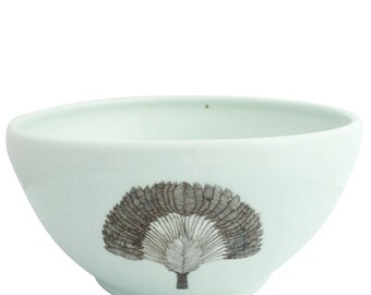 Large SKT White Serving Bowl. Wheel Thrown Porcelain Bowl. Traveler's Palm Illustration.