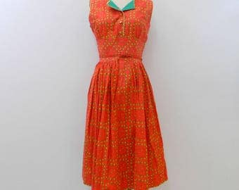 Vintage 1950s Dress ... 50s Red Day Dress ... Floral Cotton .... Sleeveless ... Belted ... Size Small to Medium