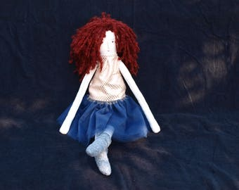 Messy hair fabric doll - redhair in golden top