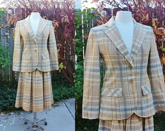 1970's Villager Wool Jacket & Skirt Vintage Small Size 8  Tan White Gray Vintage Retro 70's Hipster Suit Office Fitted