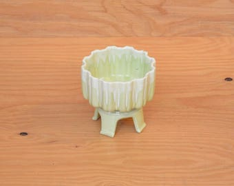 Vintage Lime Green Planter With Pedestal Legs For A Little Asian Influence Mid Century Decor