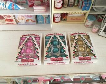 1:6 SCALE MINIATURE - Handmade Christmas Tree ORNAMENTS & Vintage Box
