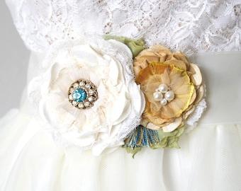 Floral Wedding Sash, Bridal Belt, Beach Wedding Dress Belt, Fabric Flower, Turquoise Blue and Yellow Wedding, Rustic Wedding, Flower Sash