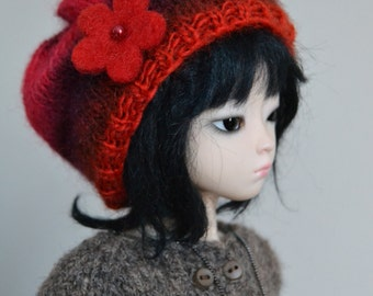 Red beanie with felt flower for Unoa, minifee msd, ball-jointed dolls