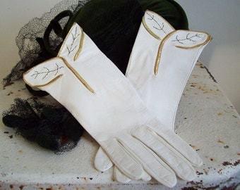 Vintage kidskin leather gloves cream with gold lamme edging and delicate stitching unworn Free shipping to USA