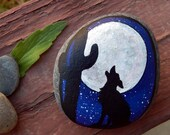 HOWLING COYOTE Hand Painted Stones Full Moon Silhouette Rock Art Wolf Totem Animals Spirit Guide Beach Stone ART Nature Totem Stones