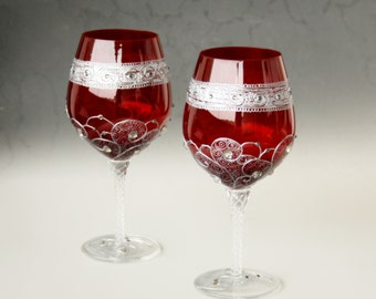 Wine Glasses, Red Glasses, Christmas Glasses, Hand Painted Glasses, Wedding Glasses, Set of 2