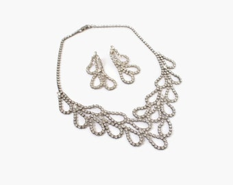 Vintage 70s RHINESTONE SET / 1970s Clear Rhinestone Bib Necklace & Matching Pierced Earrings