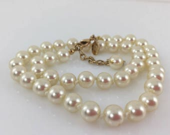 Pearl Necklace, Wedding Pearls, Bridal Beads, Knotted, Choker, Vintage Jewelry, Nolan Miller