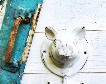 Cast Iron Kitchen Pig Hook ,Cast Iron Decor, Pig Garden Statue,Farmhouse Kitchen Hook , Garden Ornaments,