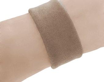 "Suede cuff bracelet - Soft leather cuff - Desert tan - Sand - Narrow leather cuff - Thin leather cuff - Tan suede bracelet - Men - Women 1"""