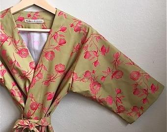 Kimono Robe. Dressing Gown. Bathrobe. Bridesmaid Robe. Maternity Robe. Knee Length.