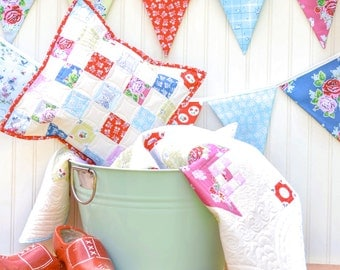 Strawberry Biscuit Baby Quilt, Pillow Cover and Bunting - READY TO SHIP - Homemade quilts
