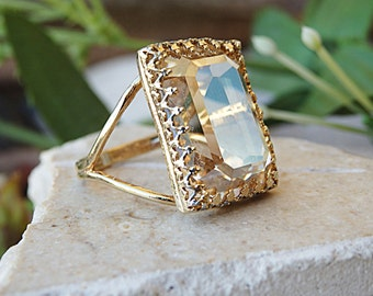 Gold filled Ring, Gold Champagne Ring, Champagne Swarovski Ring, Topaz Champagne Ring, Geometric Ring. Bridal Party Gift, For Her, Big Rings