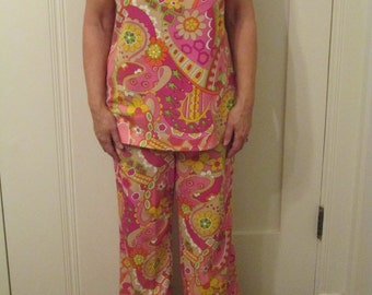1960s Mod Psychedelic Tunic Pantsuit Large Casual Aire / Pink Orange Yellow Green Pants