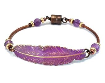 Boho feather bracelet - magnetic bracelet - purple feather bracelet -patina brass - purple bracelet - nickel free - bohemian bracelet