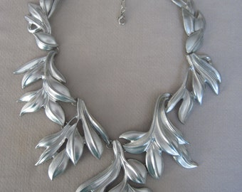 Bold  Silver Cascading Leaf Branches Collar Bib Necklace