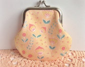 Small coin purse - designer fabric, floral, vintage inspired