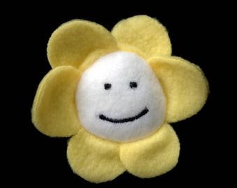 Flowey the Flower UNDERTALE plush hairclip/brooch duo by MW