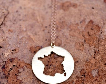 France Necklace / France Pendant / Française Necklace /France Outline/France Souvenir/Paris France Jewelry/Moving Away Gift /Country Jewelry
