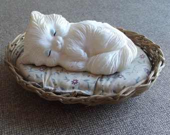 Vintage Kitty in a basket figurine / Cat statue / Animal Decor / Home Decor / kitten / knickknacks / long hair / feline / ceramic / white