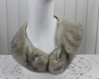 Vintage Fur Collar Gray with Clasp