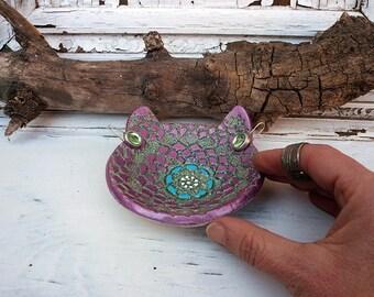 Ceramic Cat Ring Dish, Handmade Pottery Cat Bowl W/ Purple Blue Glaze and Liquid Gold, Cat Jewelry Dish W/ Lace Texture, Ready to Ship.