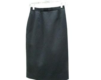 Basic Midi Skirt / High Waist / 1990s / Black / Pencil / Lined / Slit / Darting / Pockets / 24 Waist