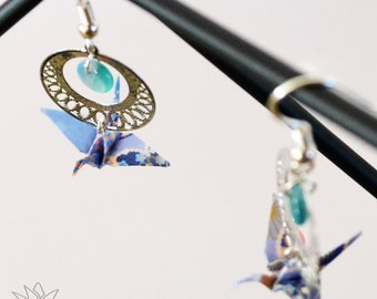 Origami jewelry - Mitsuki, tiny origami cranes earrings. Paper beads folded by hand.