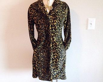 Vintage 1990s Leopard Print Light Coat Size Medium