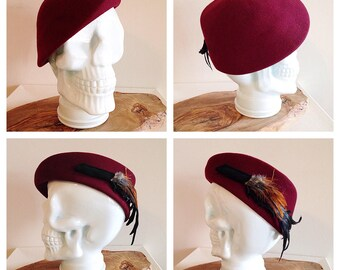 Vintage Ladies 1940s Hat Burgundy Stiff Beret or Aslant with with Feathers