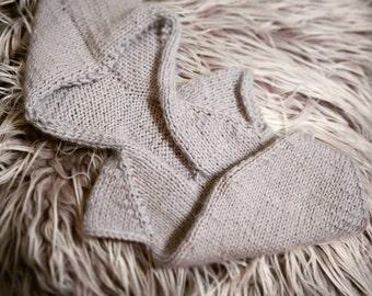 Newborn baby girl or boy, hand knitted  Short Sleeve Hooded Onesie Romper / Luxury yarn Photography Prop/ Baby Alpaca Romper