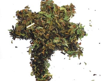 SHAMROCK SHIRE Artisan Tea Blend - Hearty Irish Breakfast Black Tea, Mellowed with Cool Mint and Clover - One Ounce yields 18-24 Cups