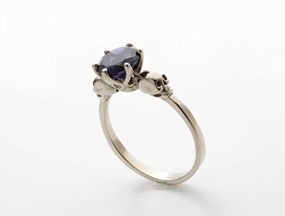 Skull Engagement Ring, 18K White Gold Skull Ring, Goth Engagement Ring, Womans Skull Ring, Memento Mori Ring, Dainty Skull Ring Psychobilly